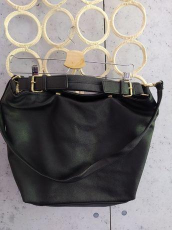 Sprzedam czarną torebkę h&m