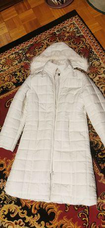 Kurtka zimowa, płaszcz bialy r. 40.