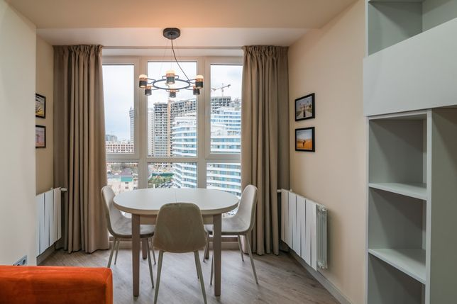 Сдаётся элитная 2-х комнатная новая квартира 2020 года