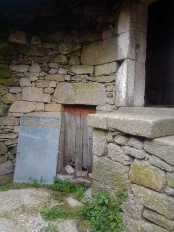 Casa rústica para restauro