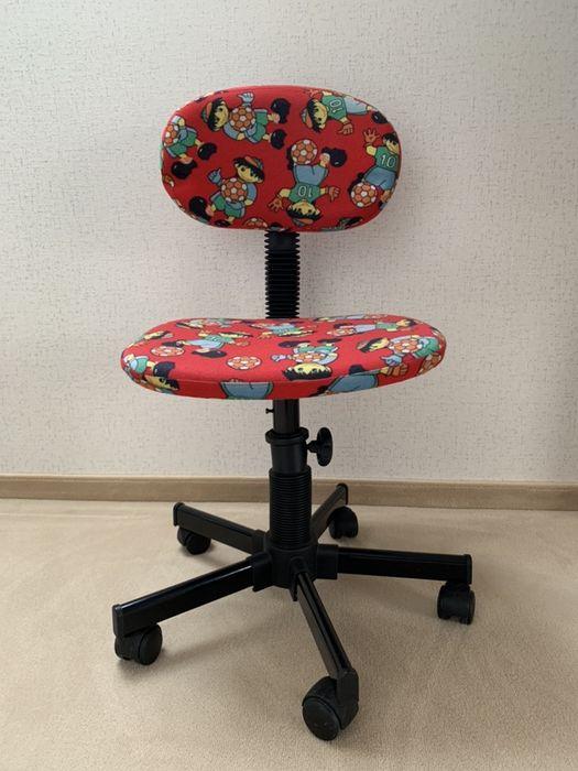Krzeslo obrotowe Krapkowice - image 1
