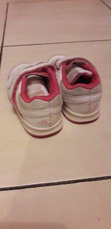 Adidas dla dziewczynki rozmiar 21