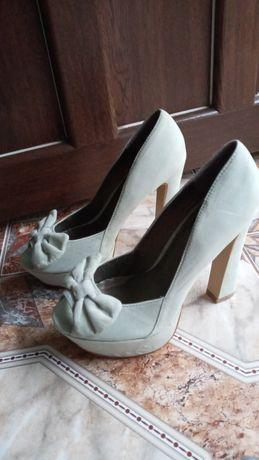 Туфли, босоножки,сток