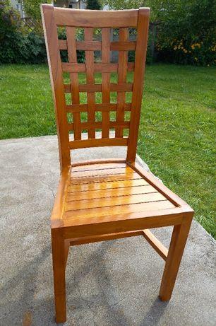 Egzotyczne Krzesło z Indonezii