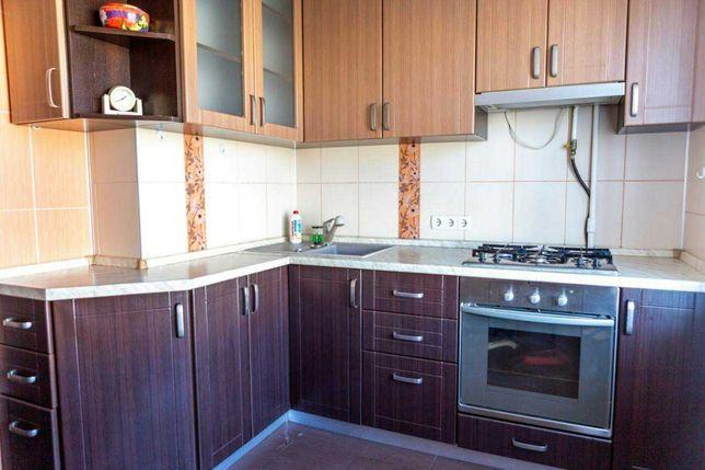 Сдам 3-комнатную квартиру на Оболони, ул. Героев Днепра, метро 5 минут