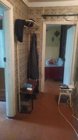 Продам 4-х комнатную квартиру на Алмазном
