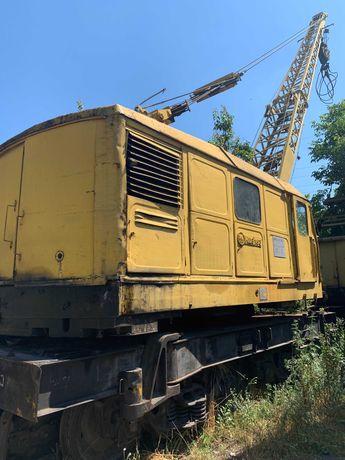 КДЭ-163 – дизель-электрический железнодорожный кран