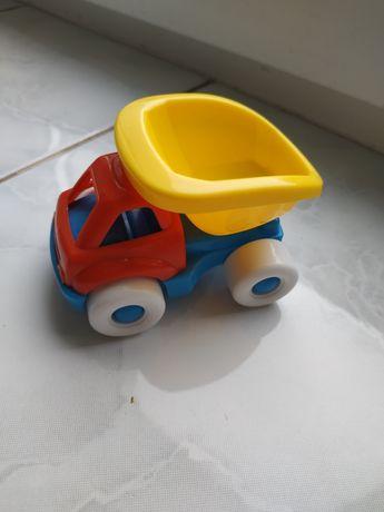 "Машинка "" Поли""."