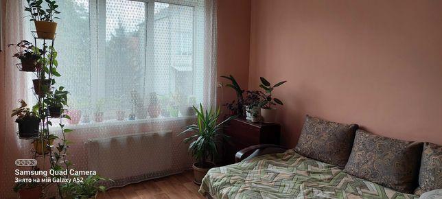 Продам двокімнатну квартиру, р-н. вул Львівської