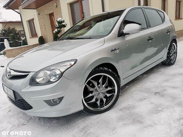 Hyundai I30 Bezwypadkowy * Alusy Chrom 18'' * Niski Przebieg * Benzyna 1,6 126ps *
