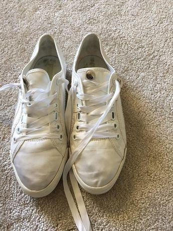 Sapatilhas PUMA cetim branco tamanho 37 como novo
