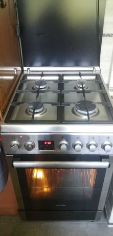 sprzedam super kuchenkę gazowo-elektryczną