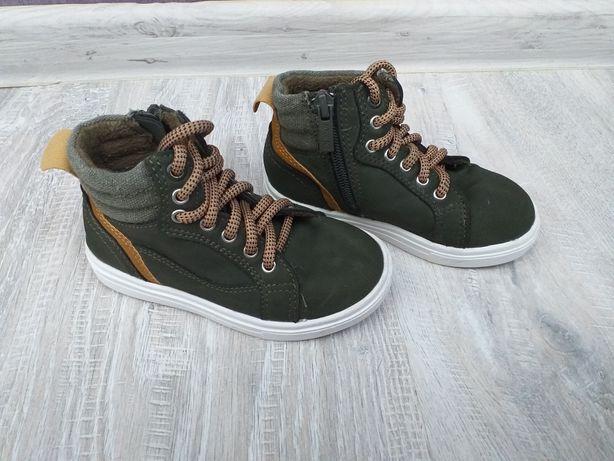 Buty półbuty chłopięce rozmiar 25 jesienno-zimowe
