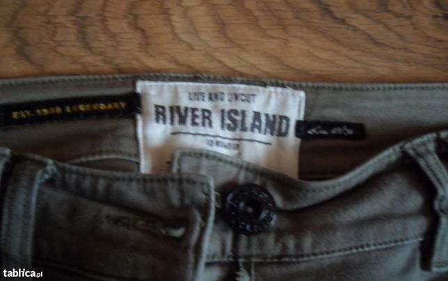 Spodnie river island