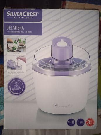 Máquina de fazer gelados