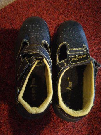 Продам рабочие ботинки из Польши