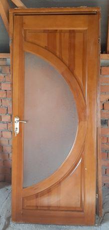 БУ міжкімнатні дерев'яні двері