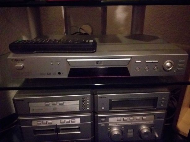 SONY dvd/cd/video cd DVP-NS300