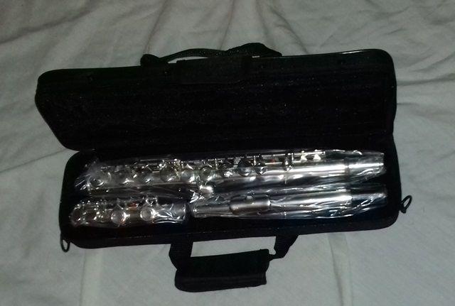 Flauta transversal (chaves abertas)