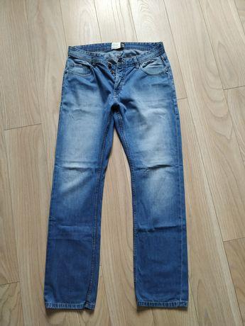 Spodnie dżinsy męskie house