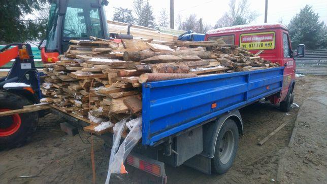 Drewno z budowy