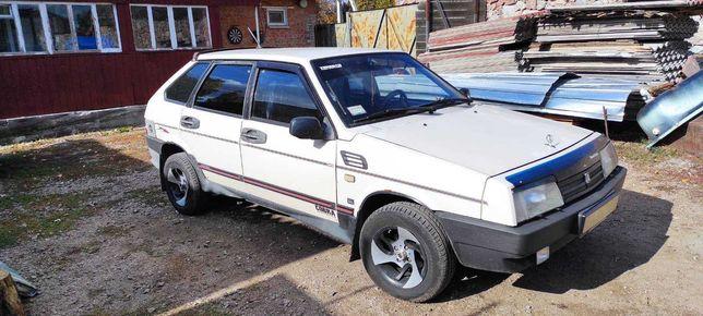 Продам автомобиль ЛАДА 2109