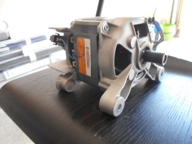 Silnik Pralki whirlpool AWO/C 3127P