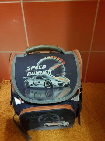 Рюкзак школьный карсканый go pack