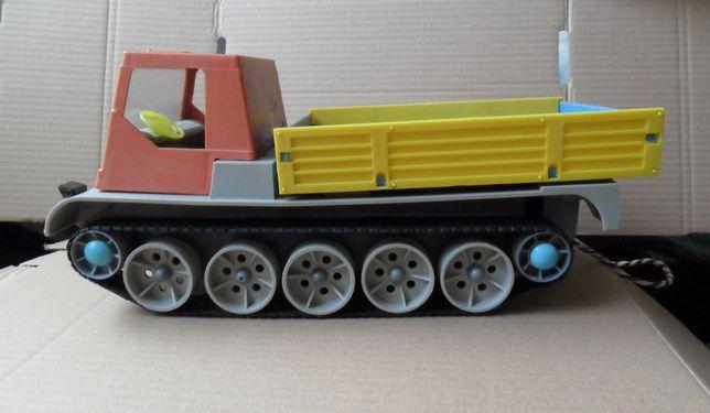 Игрушка вездеход на батарейках СССР электромеханический