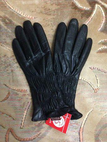 Перчатки кожаные,женские