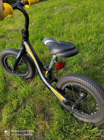 Sprzedam rowerek dziecięcy biegowy Giant pre