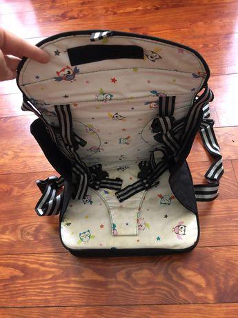 Elevador de assento para bebés e crianças pequenas