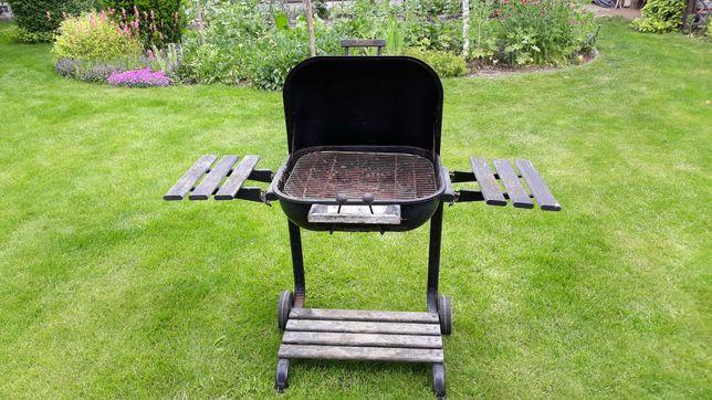grill ogrodowy węglowy
