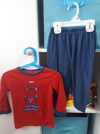 Piżamy dla chłopca r.92. 5 sztuk