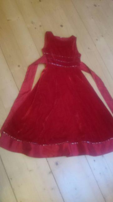 Sukienka dla dziecka na bal