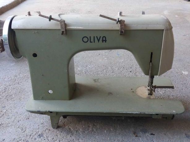 Cabeça de Máquina de Costura Oliva