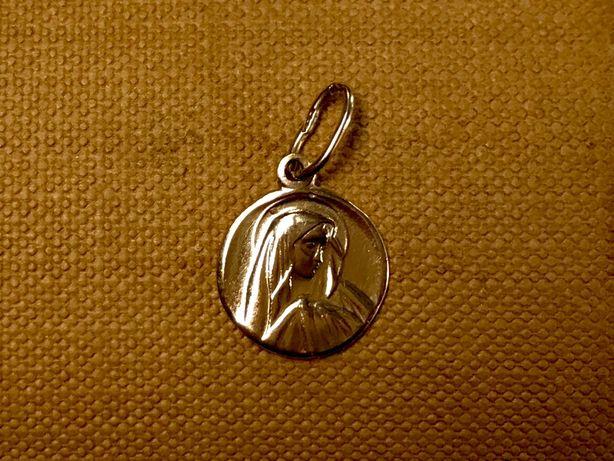 Śliczna, złota zawieszka z Matką Boską p. 585