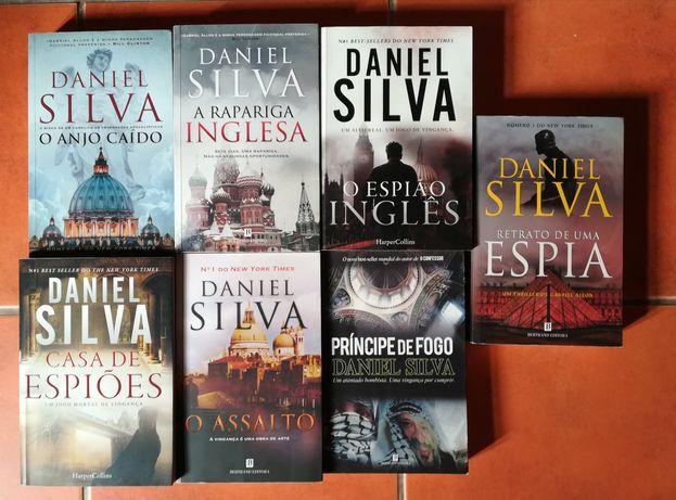 7 Livros de Daniel Silva tamanho grande