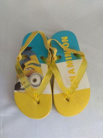 aponki klapki sandałki dziecięce chłopięce na gumkach Minionki 26 27