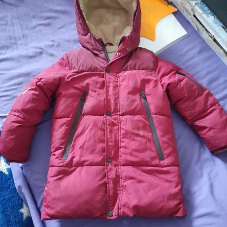 Мягусенькая куртка деми Zara на 6-7 лет 122 см рост