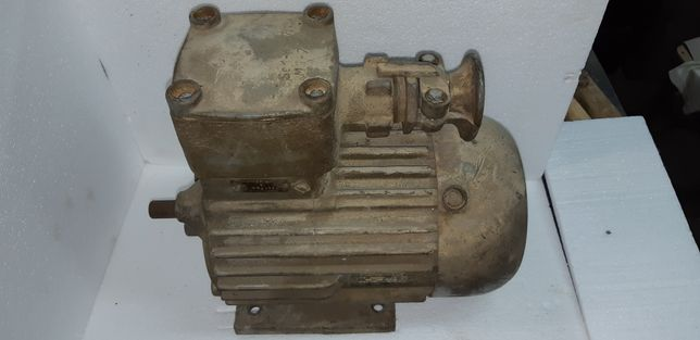Silnik elektryczny 0,8kW szczelny