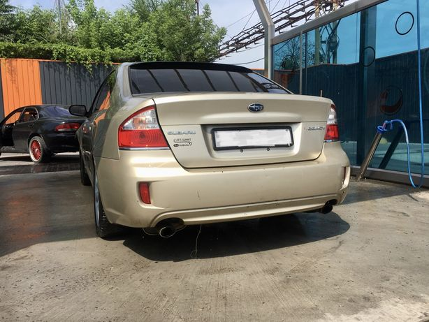 В разборе Subaru legacu 2.5