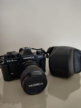 Câmera fotográfica Yashica