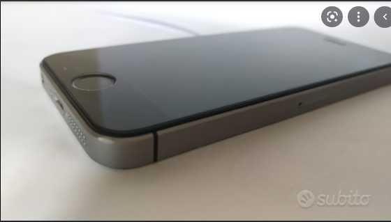 iPhone SE 128GB desbloqueado com todos os acessórios, caixa e fatura
