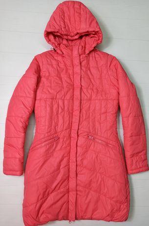 Отличное демисезонное пальто для подростка.