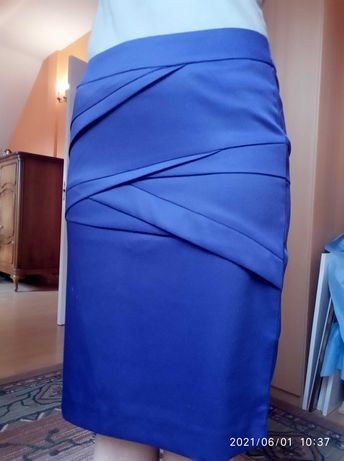 spódnica ołówkowa fioletowa Reserved z podszewką rozm 34