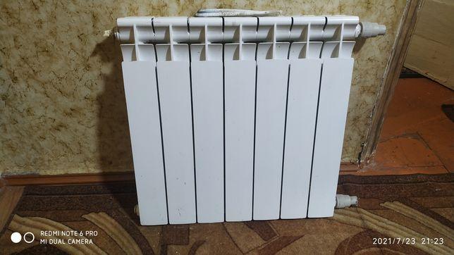 Биметаллический алюминиевый радиатор