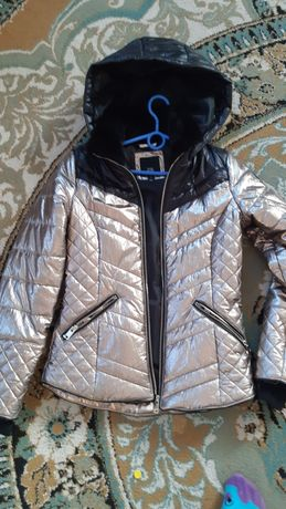 Куртка на девочку    рост 155см
