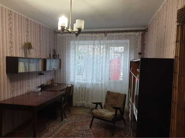Продам двухкомнатную квартиру ул. Черняховского/Парк Победы