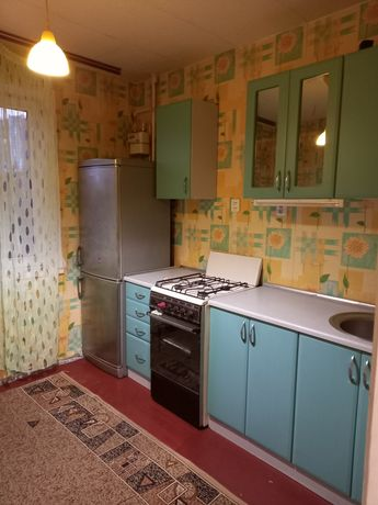 Слаем 1 комнатную квартиру Г. ДНЕПРА 69